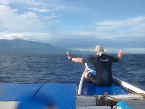 Frank op de boeg van de duikboot.